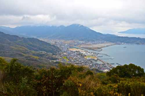 An inlet in the mountain-cradled town of Suou-Ooshima