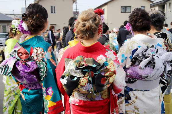 Women dressed for a Coming of Age (成人の日) ceremony