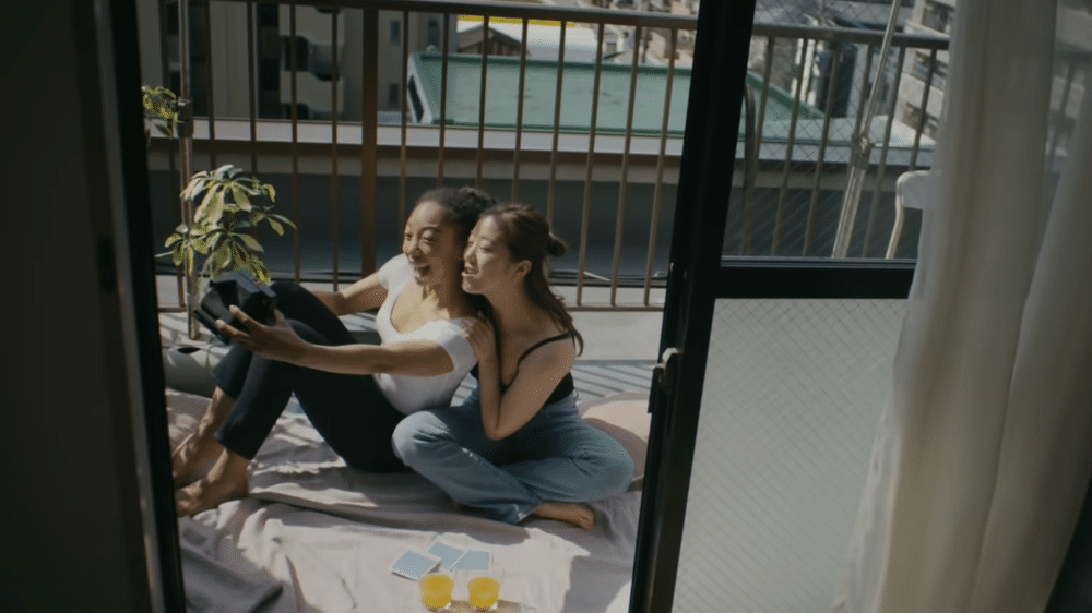 New Uniqlo Commerical Featuring LGBTQ Couple Recieved Positively